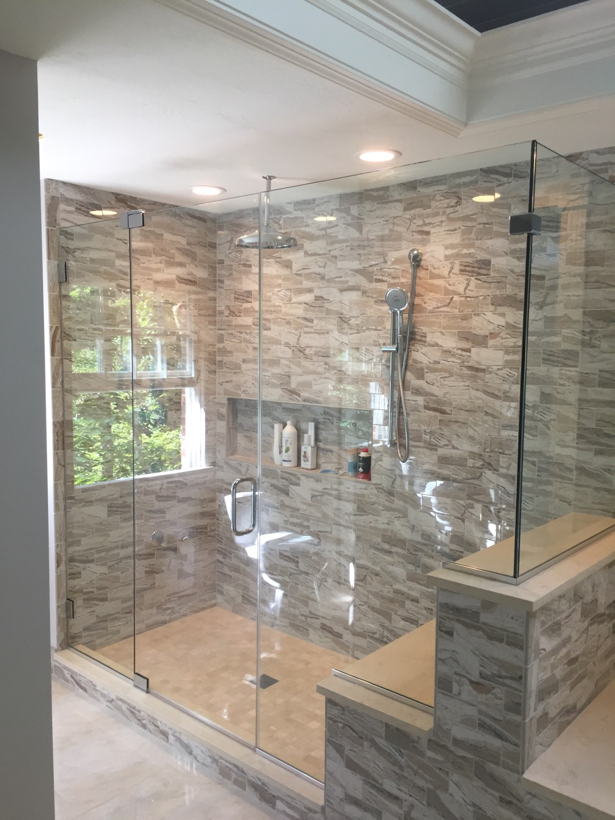 Frameless Shower 2